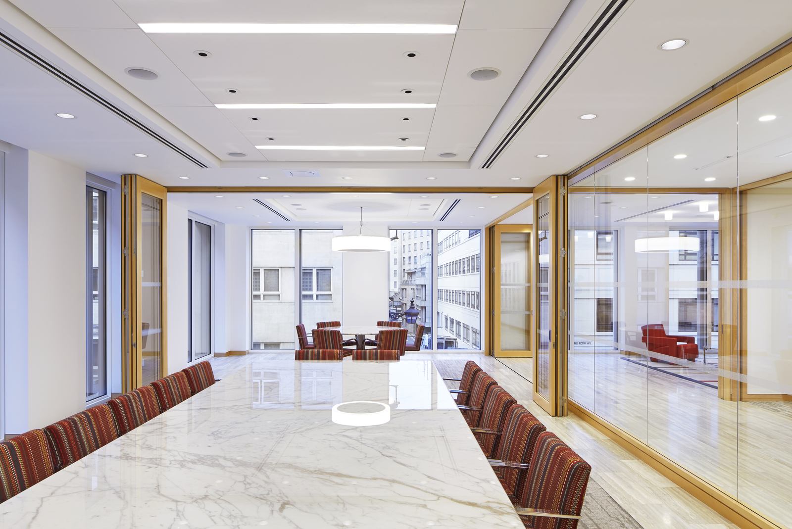 The Large Conference Wing Offers Flexible Meeting Spaces And Culminates In  Expansive Views Of Savile Row