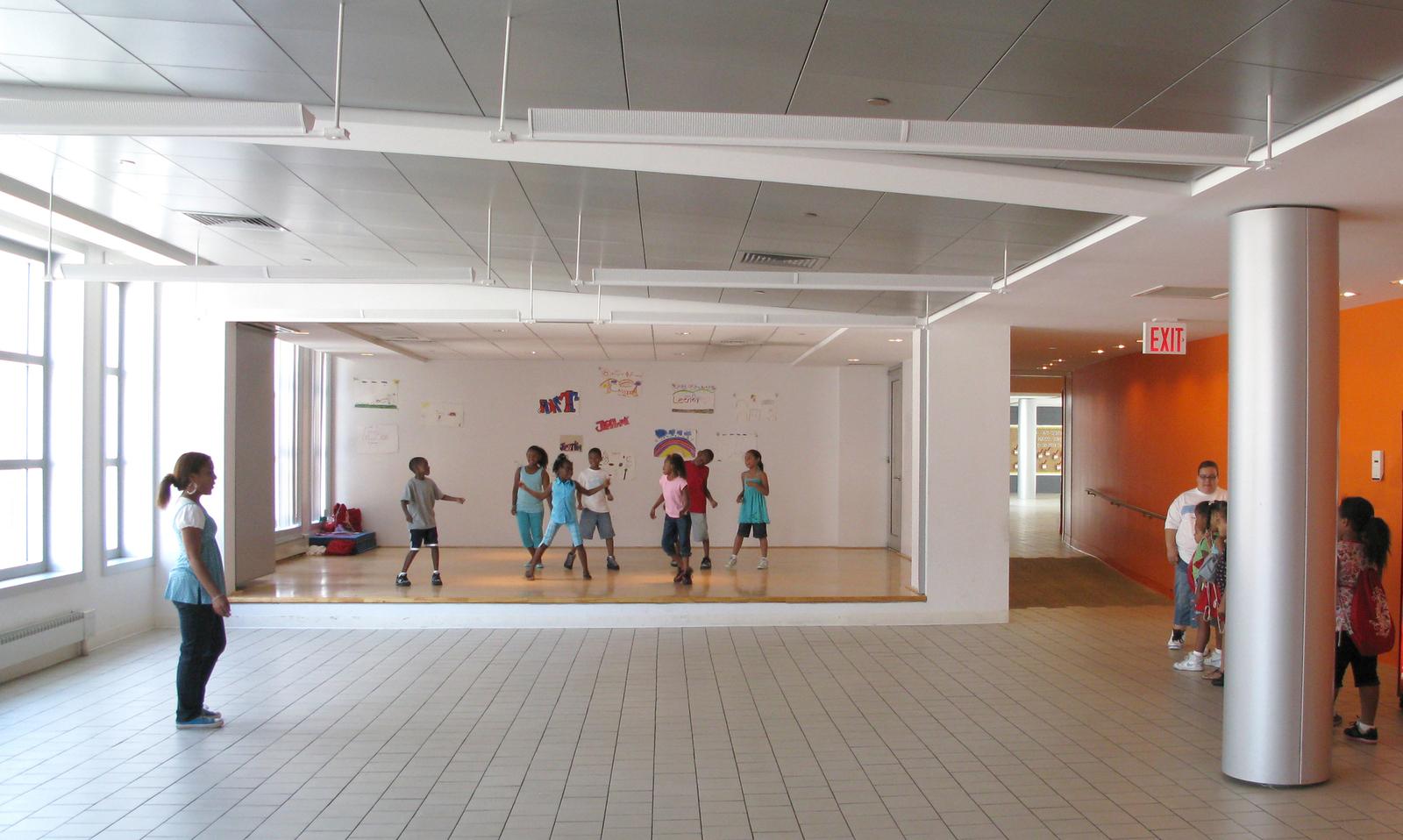 Stephen Yablon Architecture Betances Community Center